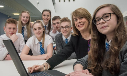 Global Radio MD and Chamber give pupils work advice