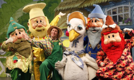 Free pantomime fun at intu Metrocentre