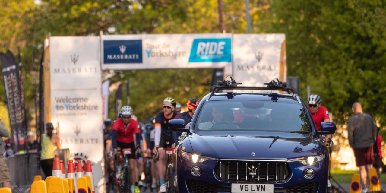FOUR THOUSAND AMATEUR CYCLISTS CONQUER THE MASERATI TOUR DE YORKSHIRE RIDE IN THE SUNSHINE OF LEEDS