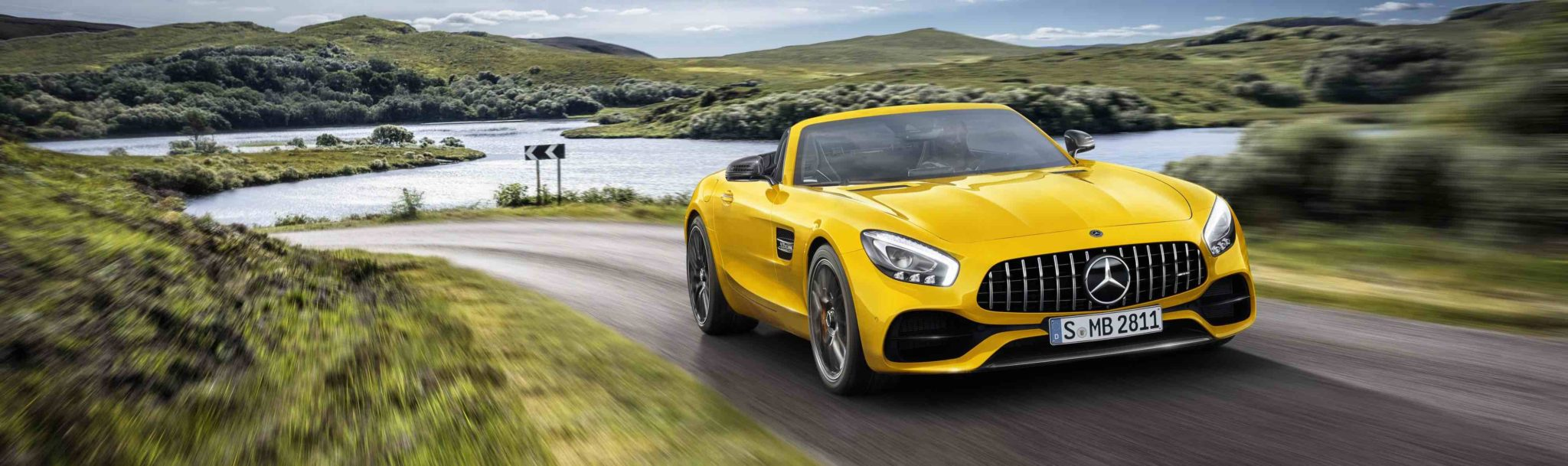 ORDER BOOKS OPEN FOR NEW MERCEDES-AMG GT S ROADSTER