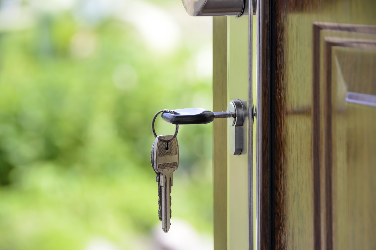 Top Tips on How to Keep Your Home Safe from Burglars