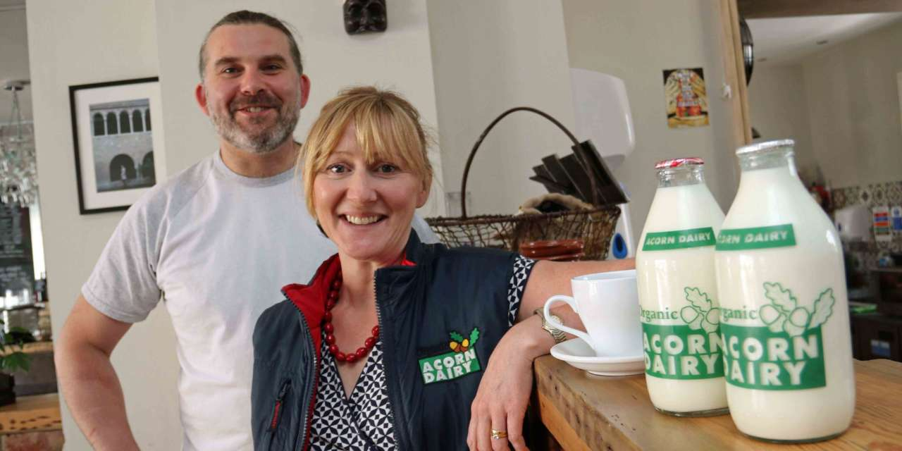 Restaurant gets a 'pizza' the organic action with milk supplier