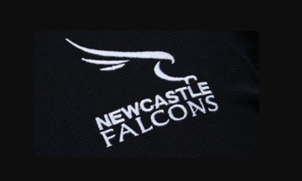 Newcastle Falcons sign Darren Barry