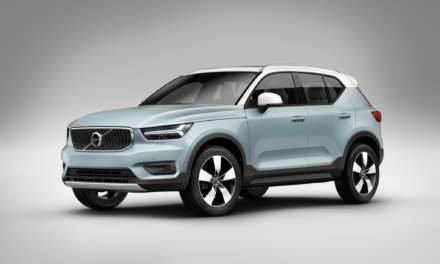 NEW T3 THREE-CYLINDER PETROL ENGINE LEADS UPGRADES TO VOLVO'S XC40 COMPACT PREMIUM SUV RANGE