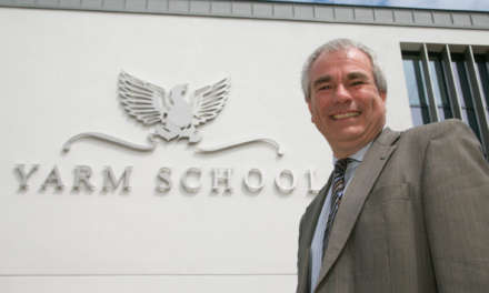 Leading independent school Headmaster announces retirement