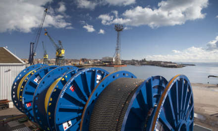 JDR AND WILD WELL SIGN FIVE-YEAR LONG TERM SERVICE AGREEMENT