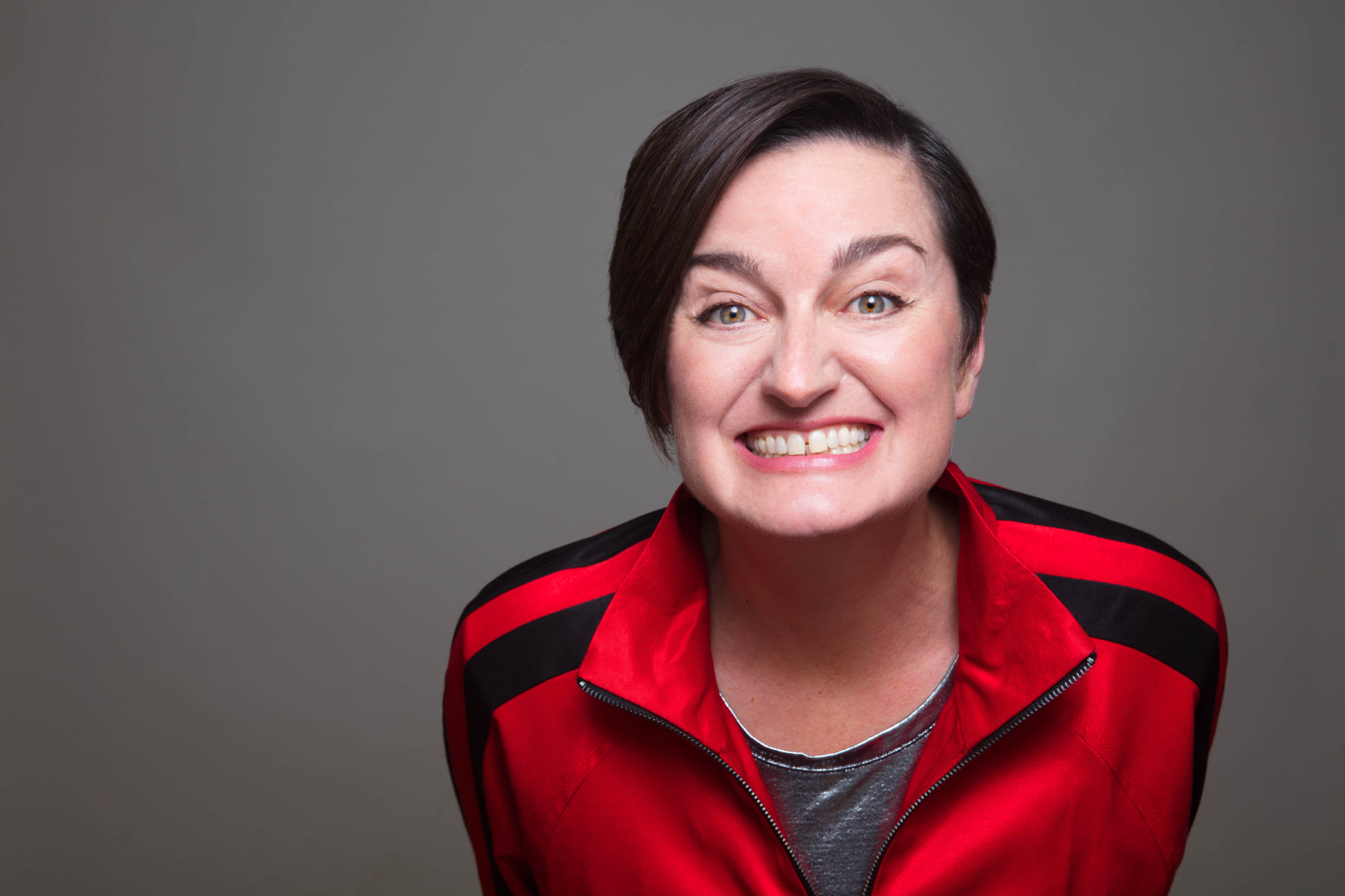 "ZOE  LYONS  ""ENTRY  LEVEL  HUMAN"" UK  TOUR  2018/19"