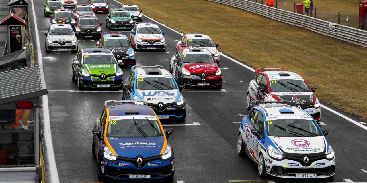 'PUNISHING' ROCKINGHAM NEXT STOP FOR UNPREDICTABLE RENAULT UK CLIO CUP TITLE RACE