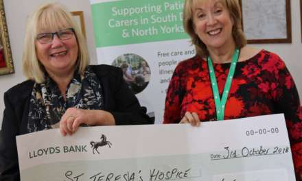 Mayor closes off year in office with charity donation