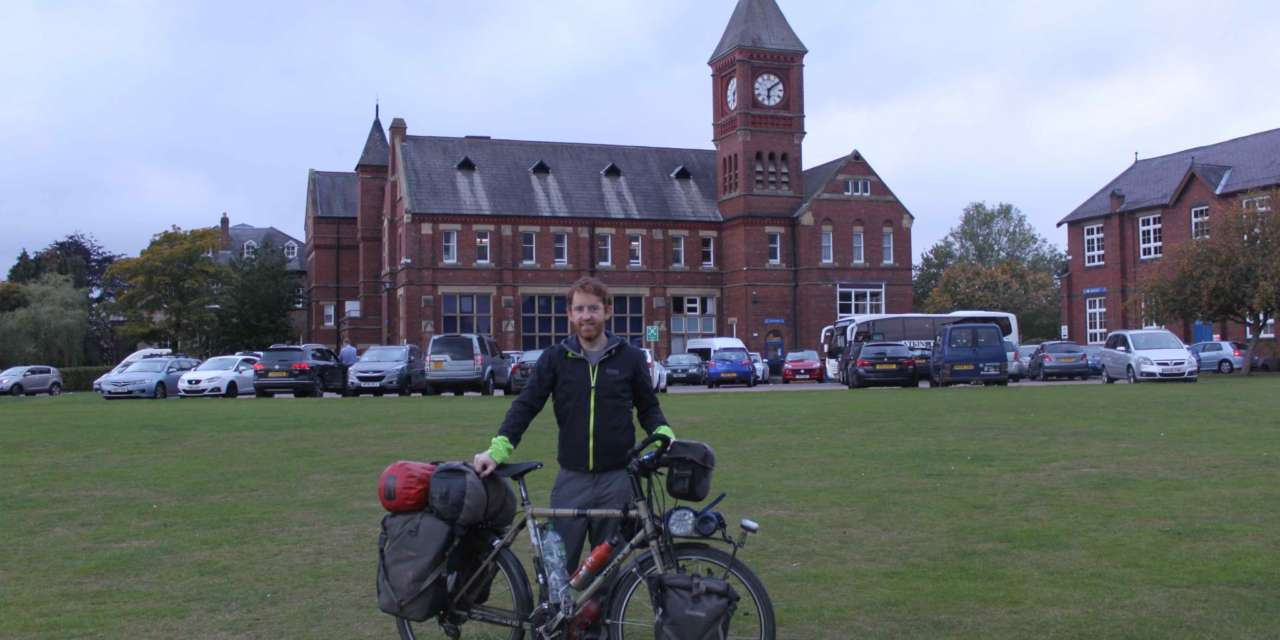 Past pupil achieves his round-the-world cycle dream