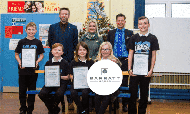 Barratt Homes rewards local Seaside Savers with recycled friendship benches