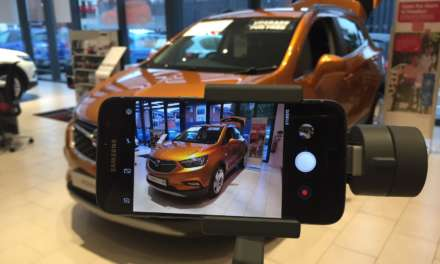 VAUXHALL TRIALS INNOVATIVE NEW CAR BUYING SERVICE