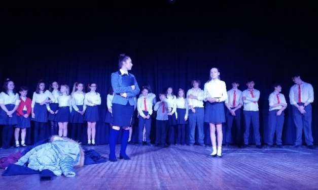 Top-performing students shine on stage