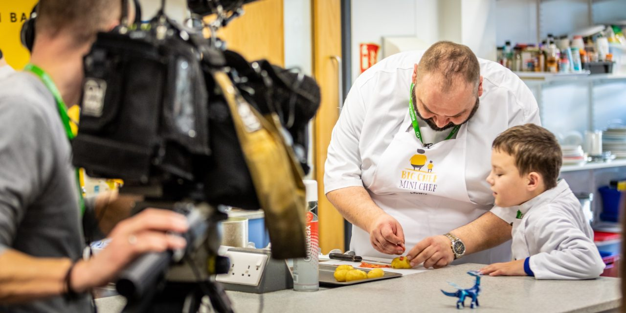 TV Master Chef back in the kitchen after legal row