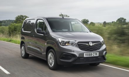 VAUXHALL'S ALL-NEW COMBO CARGO REACHES 4,000 ORDERS