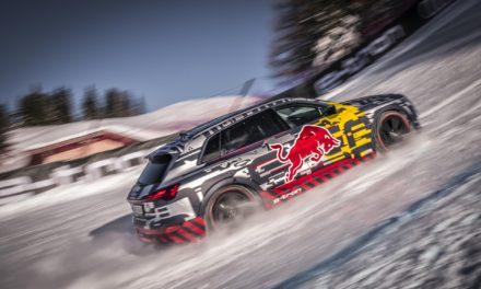 A NEW MEANING TO HIGH VOLTAGE – AUDI E-TRON MAKES POWERFUL ASCENT OF LEGENDARY DOWNHILL SKI COURSE