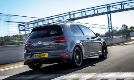 VOLKSWAGEN GOLF GTI TCR OPENS FOR ORDER IN THE UK