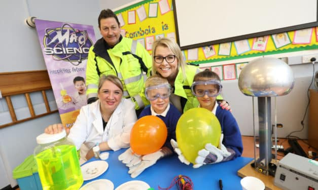 Primary school pupils are mad about science!