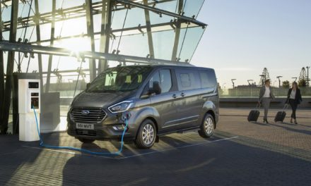 FORD REVEALS VERSATILE TOURNEO CUSTOM PEOPLE-MOVER WITH ZERO-EMISSION-CAPABLE PLUG-IN HYBRID POWERTRAIN