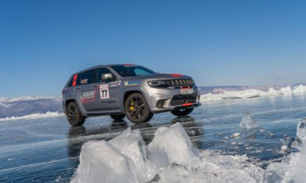 JEEP® GRAND CHEROKEE TRACKHAWK SETS SUV SPEED RECORD ON ICE OF LAKE BAIKAL