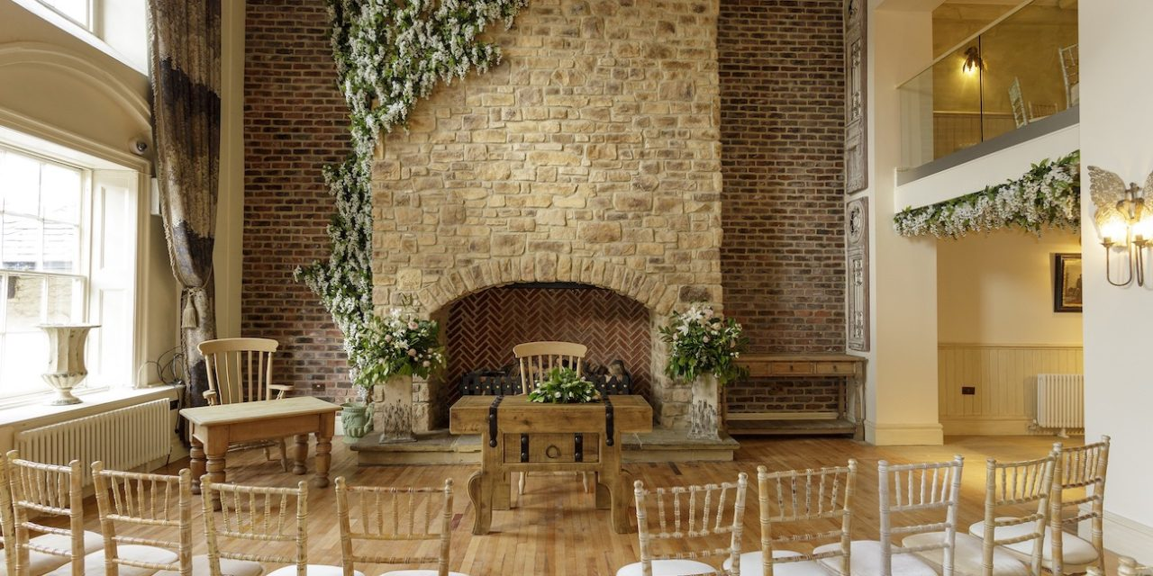 TIE THE KNOT IN THE FLORAL CHAPEL