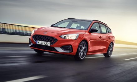 ALL-NEW FORD FOCUS ST MAKES WAGON BODY STYLE DEBUT