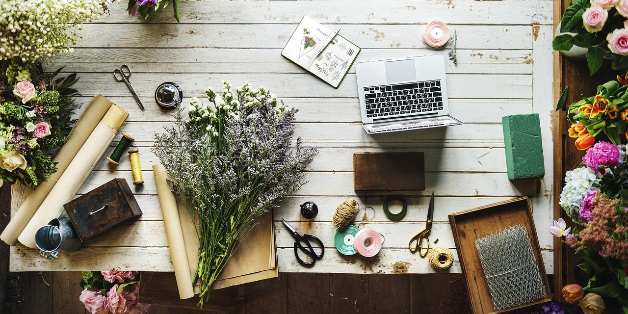 6 Ways Blogging Helps Your Business to Flourish