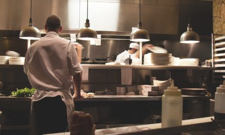 Avoiding cross-contamination and cross-contact in commercial kitchens