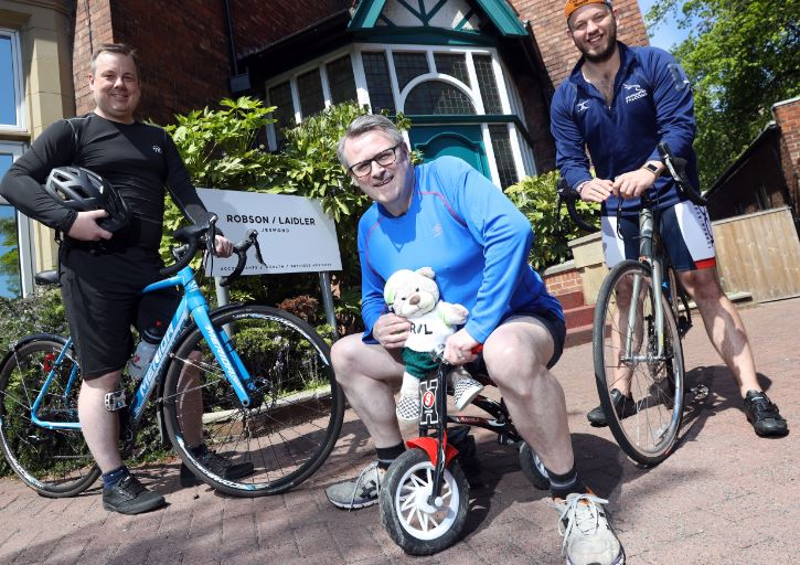 Accountants Saddle up for Charity