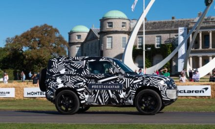 DUKE OF RICHMOND OPENS THE 2019 GOODWOOD FESTIVAL OF SPEED IN THE NEW LAND ROVER DEFENDER PROTOTYPE