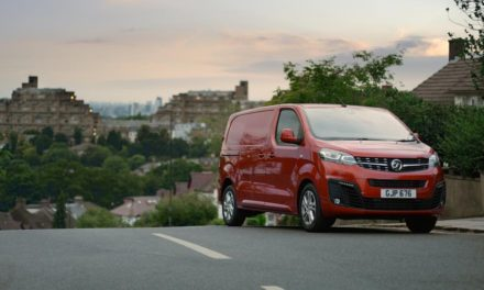 VAUXHALL MOTORS LAUNCHES CAMPAIGN FOR NEW VIVARO