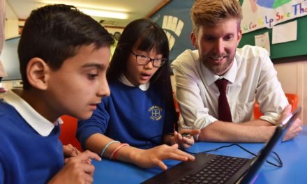 Samsung to Extend its Energy in Schools Initiative to 20 More Schools Around the UK