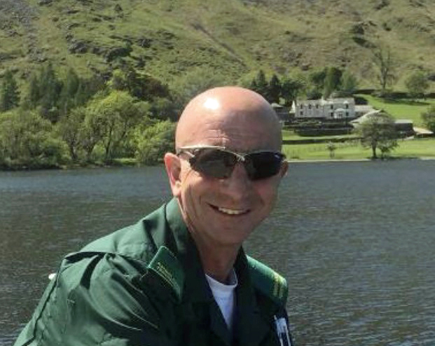 Tributes paid to ambulance technician who served in the Falklands