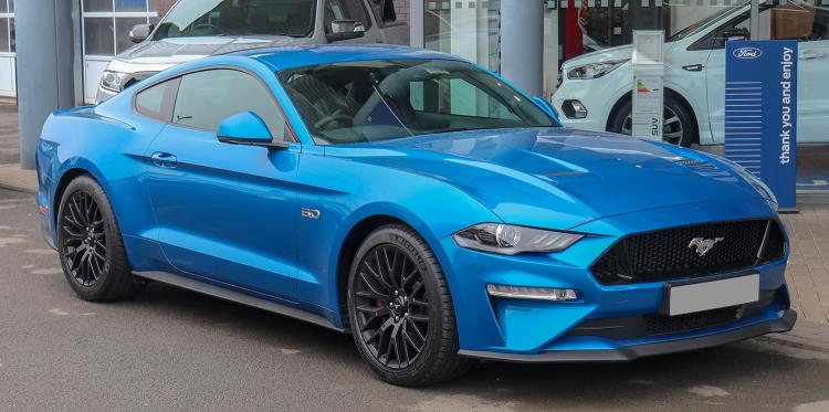 IT'S TIME TO GALLOP TO BOOK AN IAM ROADSMART ADVANCED COURSE – AND WIN A FORD MUSTANG FOR THE WEEKEND