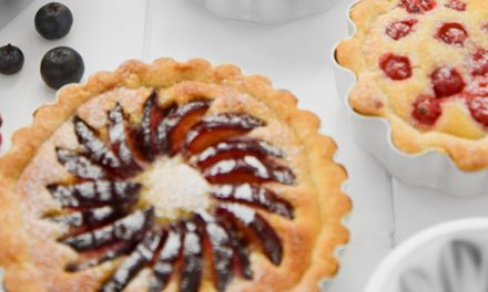SUSTAINABLE SOLUTION: HANDCRAFTED BRITISH BAKING GIFT SETS