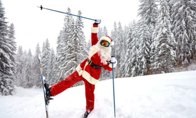 What are the vitalthings one should carry while skiing holidays?