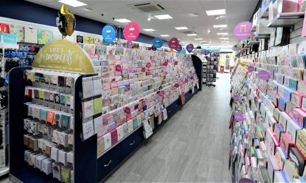 Teesside Park unwraps new Card Factory store