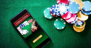 What are some of the reasons to play casinos online?