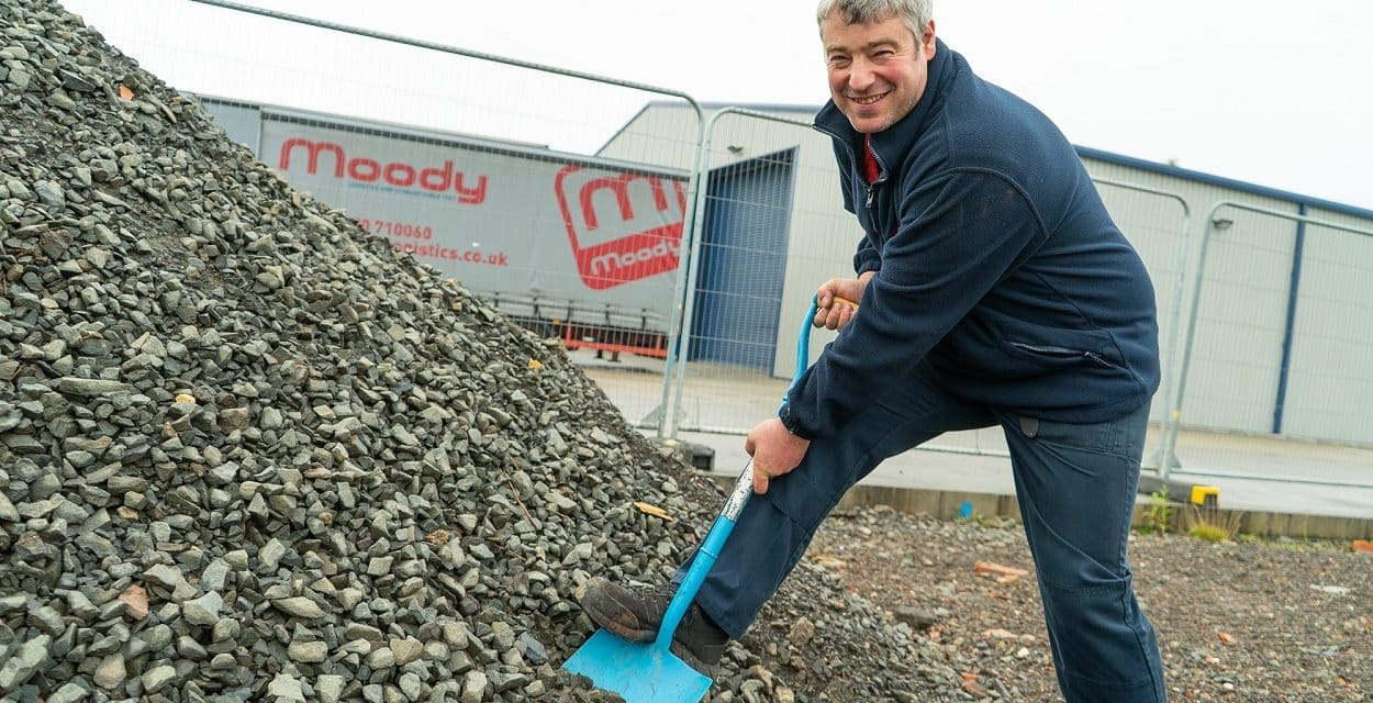 Work begins on new £500,000 premises for Heathline Commercials Ltd