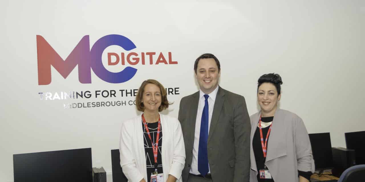Mayor backs College's campaign to boost digital skills