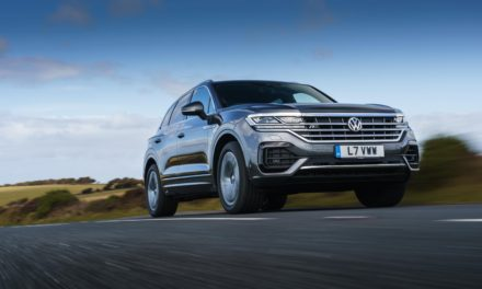 VOLKSWAGEN OFFERS 48-HOUR TEST DRIVES TO INVITE CUSTOMERS TO CHALLENGE TOUAREG LUXURY SUV