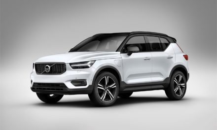 NEW VOLVO XC40 T5 TWIN ENGINE PLUG-IN HYBRID OUTSHINES RIVALS WITH EXCEPTIONAL RESIDUAL VALUES