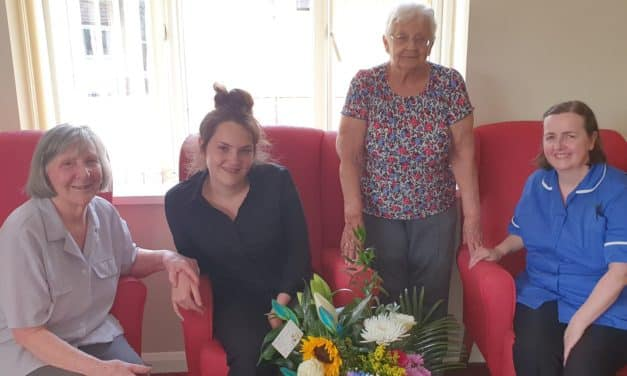 Grandma's dementia leads Beth, 18, to a career in elderly care