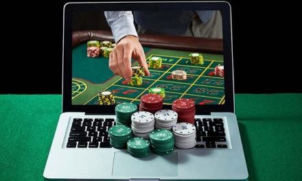 Get Big Bonus While Playing Poker Online