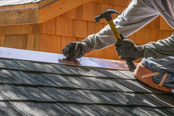 4 Reasons Why Roof Repairs Should Be Left to A Roof Specialist