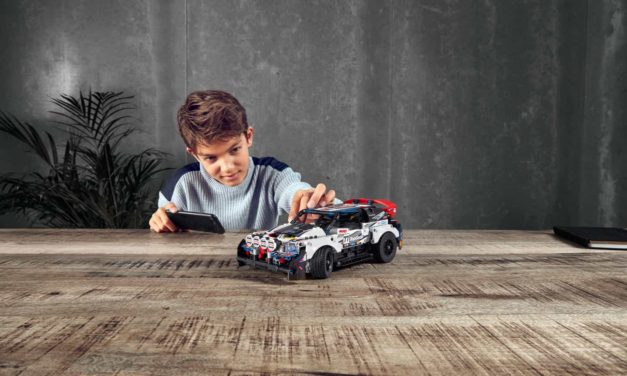 Introducing the new LEGO® TECHNIC™ Top Gear Rally Car