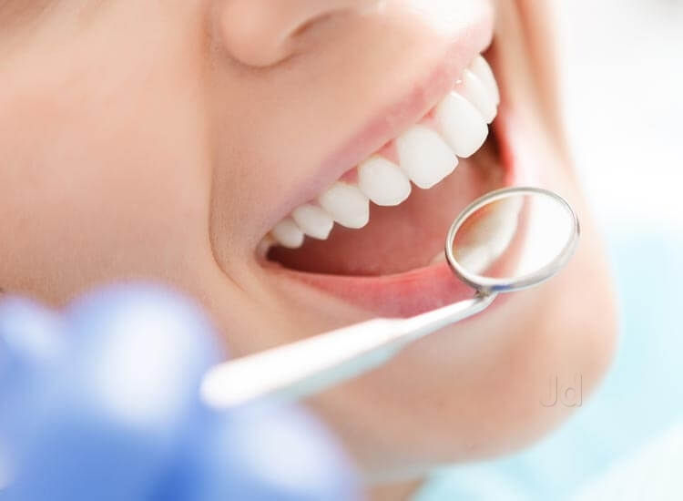 Signs You Need a New Dentist