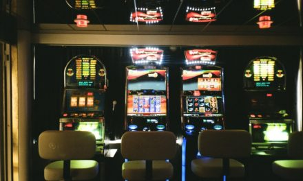 How to get a no deposit bonus and play free slot games with bonus rounds in an online casino?