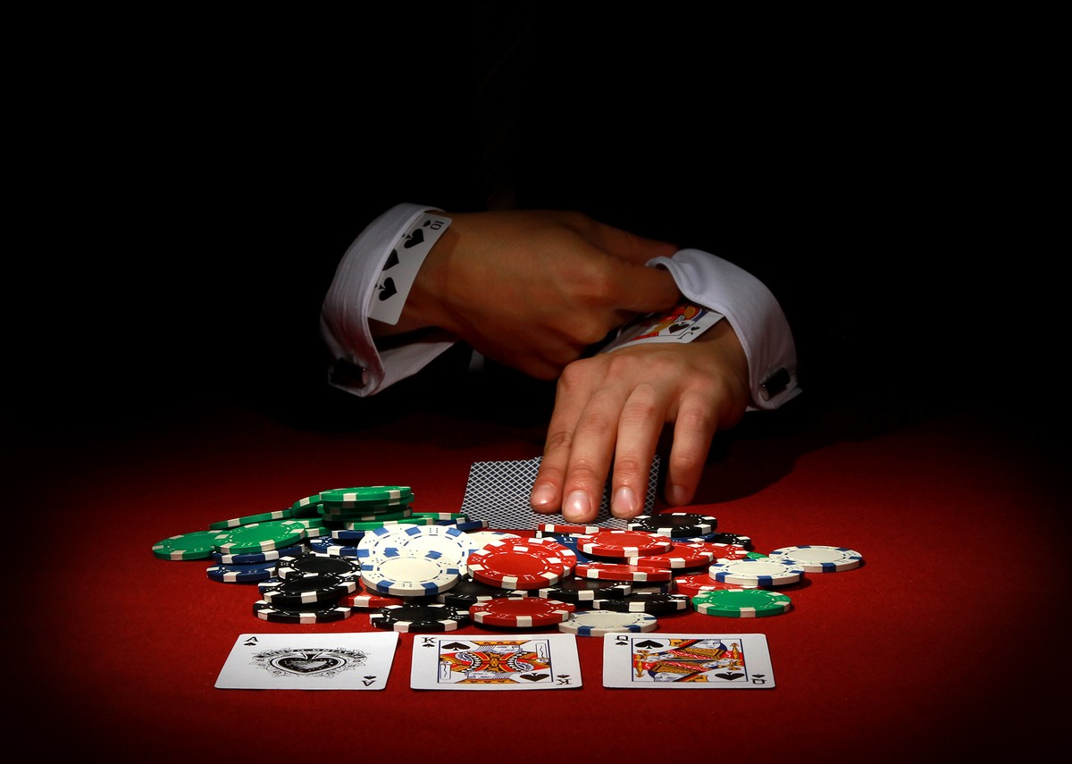 Benefits of playing poker online, you should know!   North East Connected