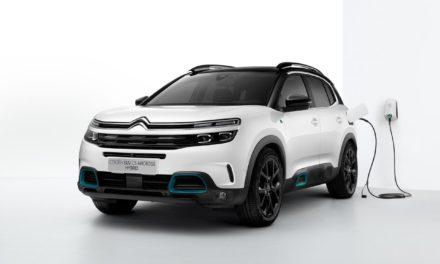 WORLD PREMIERE OF NEW C5 AIRCROSS SUV HYBRID AT 2020 BRUSSELS MOTOR SHOW